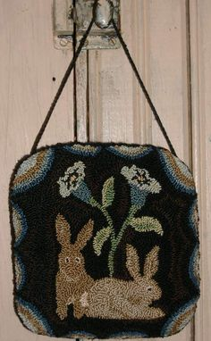 Inspired by an antique hooked rug. HomeSpunPrims