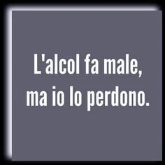 """""""Anche gli angeli sanguinano...."""" Smile Quotes, Mood Quotes, Happy Quotes, Witty Remarks, Italian Memes, Italian Phrases, In Vino Veritas, Funny Images, Cool Words"""