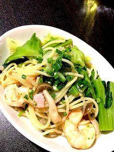 菜の花とかキャベツとかとか…野菜が食べたかったのです(´∵`) - 10件のもぐもぐ - 菜の花いろいろパスタ? by kachiyama