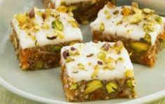 Italian panforte with pistachios Greek Desserts, Greek Recipes, Mousse, Tasty Videos, Pudding, Nutella, Creme, Food Processor Recipes, Food And Drink