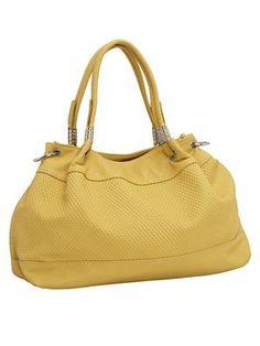#HeineShoppingliste Tasche in modischer Trapezform in gelb