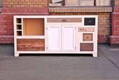 Dressers with a story to tell - Entwurf Direkt Drawer Unit, Recycled Furniture, Diy Storage, Cozy House, Interior And Exterior, Living Spaces, Drawers, Home Improvement, Interior Decorating