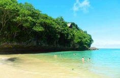 Praia de Padang Padang, na Península de Bukit - Foto: Ticiana Giehl e Marquinhos Pereira/Desempacotados