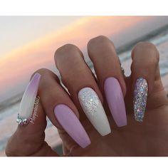 lupus hemp nails