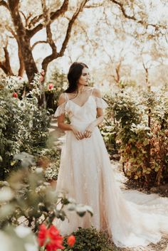 The Luxurious & Bohemian Ember Dusk Spring 2018 Collection from Tara Lauren   Anni Graham 10