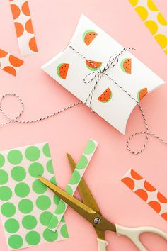 DIY Ideas for Summer - DIY Watermelon Stickers Tutorial - How to Make Watermelon Stickers - Cute Summery Crafts to Make and Sell - DIY Summer Crafts, Projects, Decor for Kids, Tweens, Teens, Adults, Seniors - Ideas to Make for Lake, Pool, Outdoors - Creative Things to Make for Summertime - Teen Crafts and DIY Projects #teencrafts #diyideas #craftideasforsummer Creative Gift Wrapping, Creative Gifts, Wrapping Ideas, Creative Things, Baby Gift Wrapping, Diy Paper, Paper Crafting, Paper Art, Kraft Paper