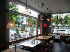 Lovely Frau Li Caf Cafe RestaurantRestaurants