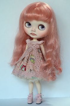 Candy is an handmade custom Blythe doll - OOAK. Veronica Lace RBL mold with Dainty Biscuit scalp/ hair.