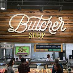 trendy Ideas for meat shop design signs Shop Signage, Signage Design, Cafe Signage, Wooden Signage, Restaurant Signage, Shop Interior Design, Design Shop, Store Design, Wood Cafe