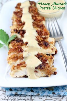 Honey Mustard Pretzel Chicken (High calories per serving, but tasty. Can prob skip the mustard sauce to reduce overall calories by using store-bought honey mustard. Think Food, I Love Food, Good Food, Yummy Food, Yummy Recipes, Cooking Recipes, Cooking Tips, Cooking Food, Gastronomia