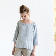 Washed linen top JANUARY in ice blue/silver by notPERFECTLINEN