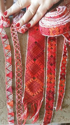 Bobbin Lace, Cool Stuff, Crochet, Fashion, Ladies Capes, Folklore, Olinda, Hand Embroidery, Best Suits