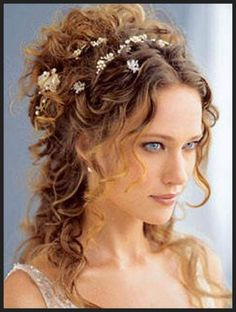 Wedding hairstyles for long curly vintage way - Stylespoint.com | Stylespoint.com