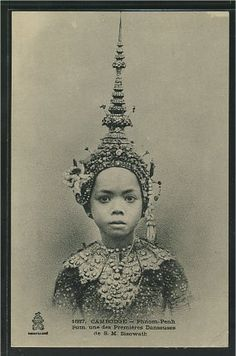 Pum, one of the Prima Ballerina of King Sisowath