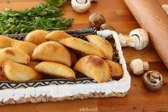 כיסונים ממולאים פטריות ובצל Bread, Recipes, Food, Rezepte, Essen, Breads, Baking, Buns, Recipe