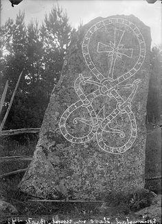 Rune stone, Skramsta, Uppland, Sweden