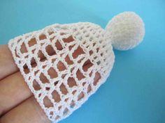 Engel selber häkeln - mit eigenen Händen... Crochet Angels, Crochet Hats, Christmas Angels, Crochet Earrings, Diy, Angeles, Fashion, Crochet Christmas Decorations, Vintage Crochet