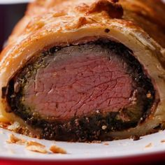 Show Stopping Beef Wellington // beef holidays dinner chirstmas food thanksgiving Tasty 554857616584114347 Meat Recipes, Cooking Recipes, Healthy Recipes, Beef Fillet Recipes, Doritos Recipes, Beef Tenderloin Recipes, Cooking Bacon, Lentil Recipes, Cooking Ideas