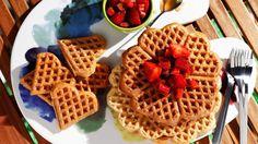 5 Ingredient Easy Vegan Waffles