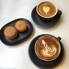 How do you cure Mondayitis?! Add a macaron to your morning coffee order! Image courtesy of @coffeeinmelbourne #bibelot #bibelotsthmelb #bibelotsouthmelbourne #southmelbourne #melbourne #melbournecafe #melbournefood #instafood #foodporn #coffee #monday #cafe #instadaily #mondayitis #macaron #yum #food #morningtea