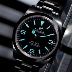 looks stunning on the Explorer looks stunning on the Explorer Rolex Watches For Men, Luxury Watches For Men, Cool Watches, Rolex Diamond Watch, Rolex Explorer Ii, Used Rolex, Rolex Logo, Rolex Tudor, Replacement Watch Bands