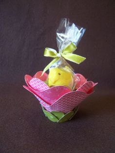 step by step tute using top note die, little flower pot and a peep