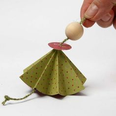 Engel aus Vivi Gade Origamipapier | DIY Anleitung