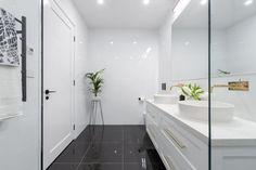 The Block 2016 - Week 3 Main Bathroom Reveals Family Bathroom, Laundry In Bathroom, Master Bathroom, Narrow Bathroom, Modern Bathroom, Bathroom Interior, The Block 2016, Bathroom Photos, Bathrooms