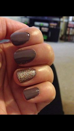 """If you're unfamiliar with nail trends and you hear the words """"coffin nails,"""" what comes to mind? It's not nails with coffins drawn on them. Although, that would be a cute look for Halloween. It's long nails with a square tip, and the look has. Get Nails, Love Nails, How To Do Nails, Pretty Nails, Gorgeous Nails, Nail Art Vernis, Thanksgiving Nails, Hair Skin Nails, Fall Nail Colors"""