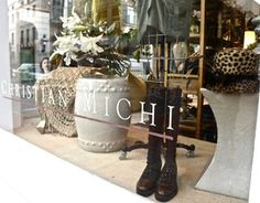 Great place to buy gifts for a friend or...yourself! #boutiques #decor #King Street