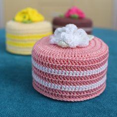 Ottoman, Cake, Desserts, Furniture, Home Decor, Tailgate Desserts, Deserts, Decoration Home, Room Decor