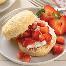 Self-Rising Cream Biscuits for Shortcake: King Arthur Flour