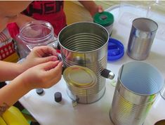 Tin Can and Magnet Discovery Table by Teach Preschool ( I need lots of magnets now) Preschool Science, Teaching Science, Teach Preschool, Science Fun, Sensory Boxes, Sensory Table, Sensory Play, Play Based Learning, Learning Centers