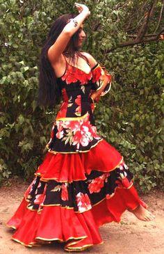 ROMANIES GYPSIES AND ROMANY GYPSY TRADITIONS DANCING CARMEN OPERA ♥ Wonderful! www.thewonderfulworldofdance.com #dance