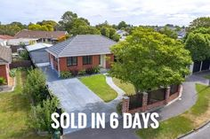 A seller's market is an optimum time to sell a property. But there are other factors to consider first. Sell Your House Fast, Selling Your House, House Worth, Home Insulation, First Home Buyer, Winter Sun, Being A Landlord, Solar Panels, Factors