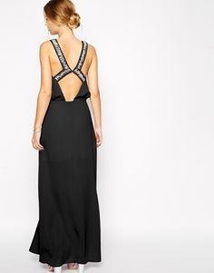 ASOS - Maxi robe avec dos ornementé