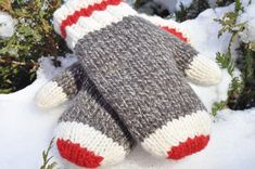 Sock Monkey Mittens on Etsy. I would loved to make a fleece lined version of these as I can't wear wool. Maybe I could buy Dollarama red fleece mittens and sew a fleece cuff on to match and connect the two layers. Knitted Mittens Pattern, Crochet Mittens, Crochet Gloves, Knitted Hats, Knit Crochet, Loom Knitting, Hand Knitting, Knitting Patterns, Knitting Projects