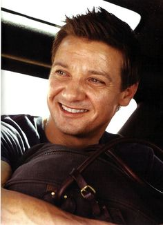Jeremy Renner, love that smile(: