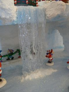Behind the falls   The frozen waterfall of Darcy's display h…   Flickr