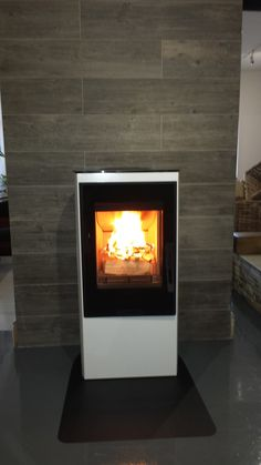 Contura 35 low in white with wood effect tiles