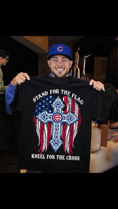 I want this shirt Chicago Cubs Shirts, Chicago Cubs Baseball, Chicago Cubs Pictures, Baseball Card Values, Baseball Cards, Baseball Playoffs, Hockey, Cub Sport, Cubs Players