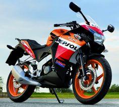 Honda-CBR-125-R-2012