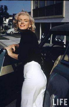 """Click on """"The Beauty of Marilyn Monroe"""" for beautiful,  lengthy photo blog!"""