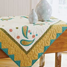A long-time decorating favorite, the paisley pattern is back with updated flair. Show off hand or machine quilting once the simple piecing and appliqué are done.