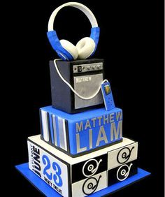 Matthew's First Communion Cake by Pink Cake Box Tracey S Boy 16th Birthday, Birthday Cake Kids Boys, New Birthday Cake, Birthday Music, Birthday Wishes, Birthday Ideas, Birthday Parties, Cupcakes, Cupcake Cakes
