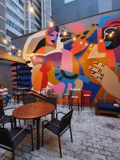 Faculdade Cultura Inglesa Higienópolis São Paulo. #mural #artwall #rogeriopedro Murals Street Art, Street Art Graffiti, Mural Wall Art, Mural Painting, Outdoor Wall Paint, Mural Cafe, School Murals, Murals For Kids, Amazing Street Art
