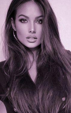 Most Beautiful Faces, Stunning Eyes, Beautiful Women Pictures, Gorgeous Women, Brunette Beauty, Hair Beauty, Jolie Photo, Light Hair, Pretty Eyes