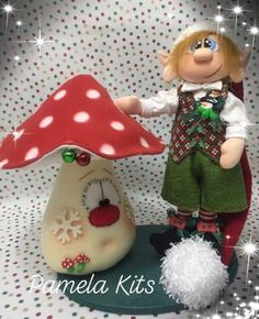 Christmas Crafts, Merry Christmas, Christmas Ornaments, Raggedy Ann, Cookie Decorating, Projects To Try, Diy Crafts, Holiday Decor, Home Decor