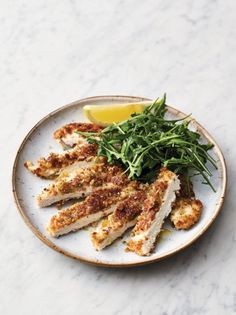 VIDEO: Chef Jamie Oliver prepares his easy crispy garlicky chicken The post This easy crispy garlicky chicken recipe will get dinner done in 20 minutes appeared first on Food Monster.