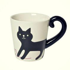 Por alguna extraña razón tengo una obsesión con los gatos, y es que son tan adorables que es imposible resistirse. Seguramente querrás tener todo esto en tu colección. 1. Un hermoso y muy felino reloj. 2. Preciosas mallas para un look súper femenino. ¡Me encantan! 3. ¡Wow! Lámparas de neón. Imagina cómo se verían en […]
